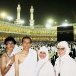 Membongkar Motif Umroh Jokowi