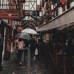 Hujan dan Tragedi Peristiwa Romantis